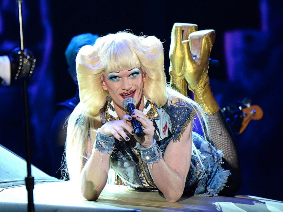 PHOTO: Neil Patrick Harris and the cast of Hedwig and the Angry Inch perform onstage during the 68th Annual Tony Awards at Radio City Music Hall, June 8, 2014, in New York City.