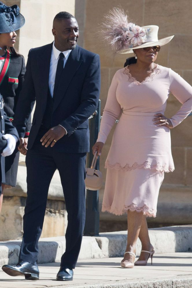 Oprah At Prince Harry Wedding.Oprah Winfrey Reveals She S Giving Prince Harry And Meghan Her Go To