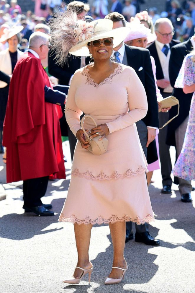 PHOTO: Oprah Winfrey arrives at St Georges Chapel at Windsor Castle before the wedding of Prince Harry to Meghan Markle, May 19, 2018, in Windsor, England.