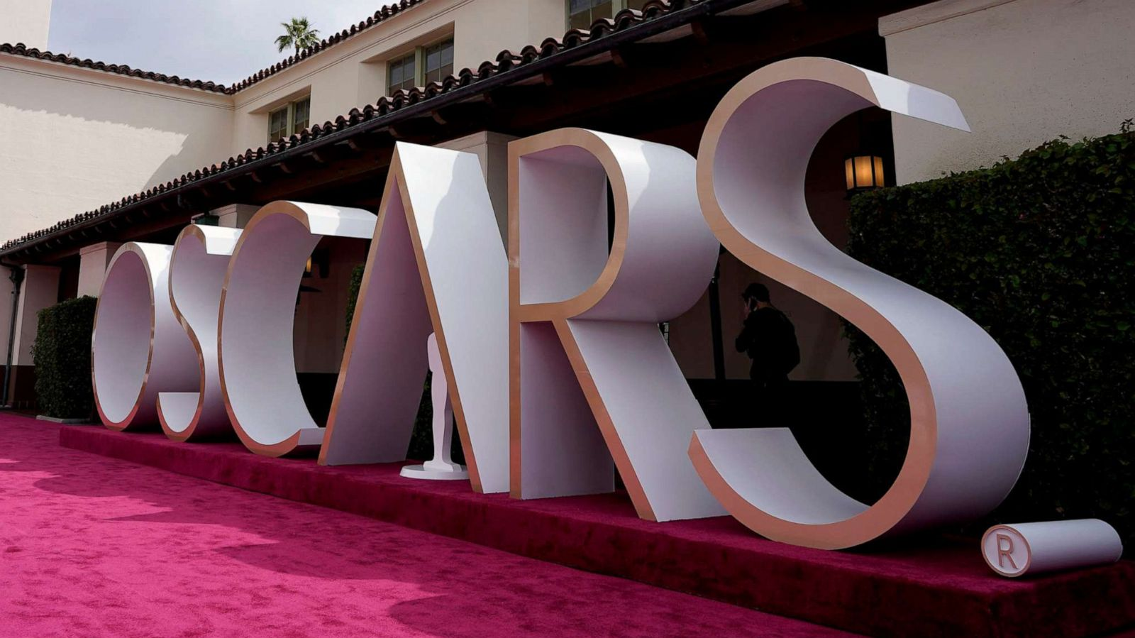 Oscars 2021 live updates: Winners, speeches and top moments