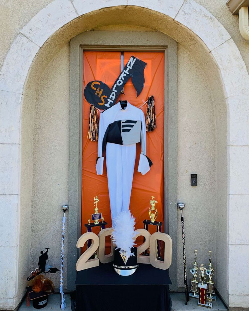 Home Design Ideas For Seniors: Parents Decorate Doors For High School Seniors Missing