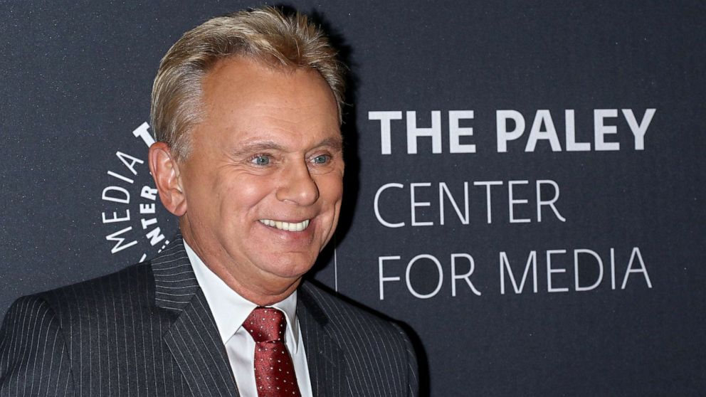 Vanna White hosts 'Wheel of Fortune' Pat Sajak ' erholt 'not-op'