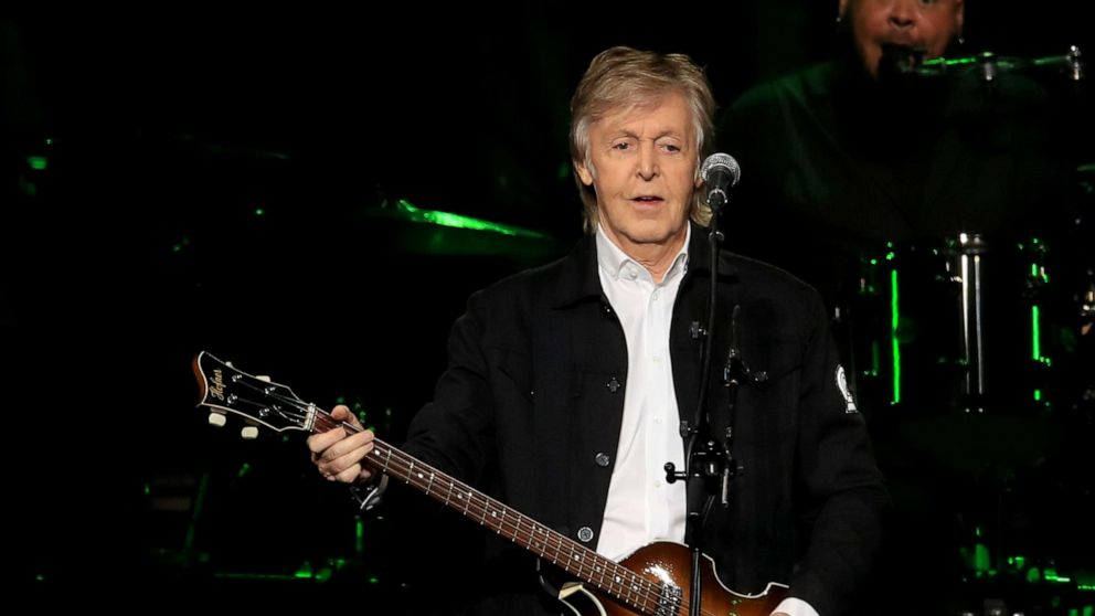 Paul McCartney wraps US tour with onstage Ringo Starr