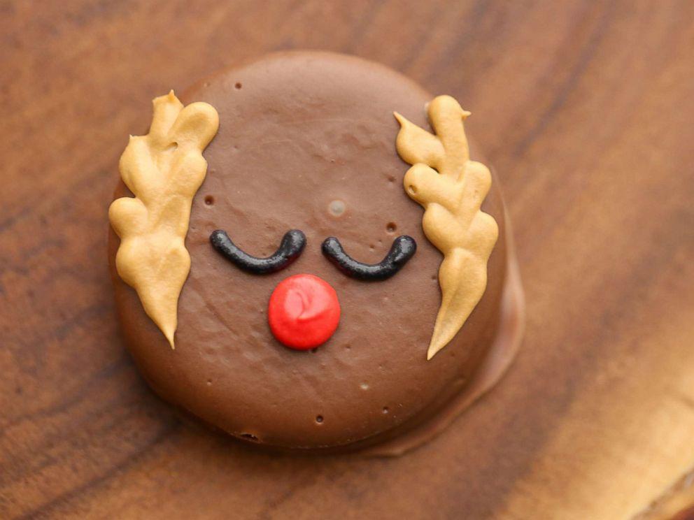 25 Days Of Cookies Jenny Cookies Reindeer Peanut Butter Cracker