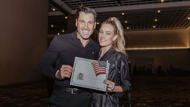 'DWTS' star Peta Murgatroyd shares emotional post on becoming US citizen