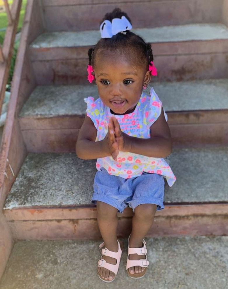 PHOTO: Hailee Shorter, 1, is seen in this undated photo praying outside her home in Baton Rouge, Louisiana.