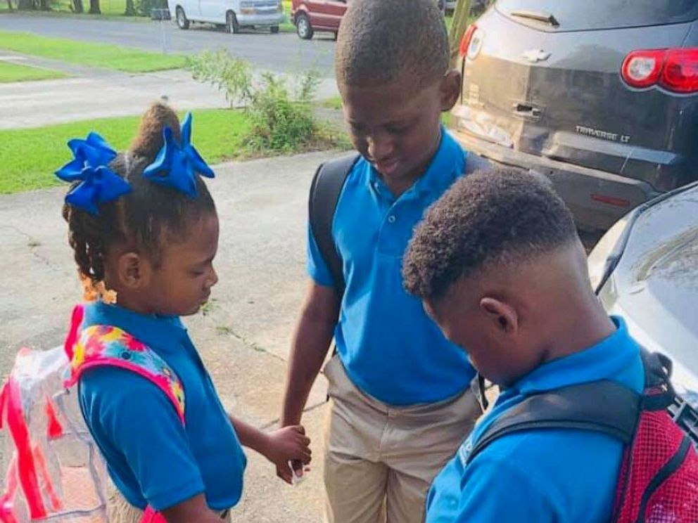 PHOTO: Jamisha Harris of Baton Rouge, Louisiana, posted a photo of her children Eugene Jacobs, 10, Jorden Jacobs, 8 and Emily Jacobs, 7, praying before the first day of school.