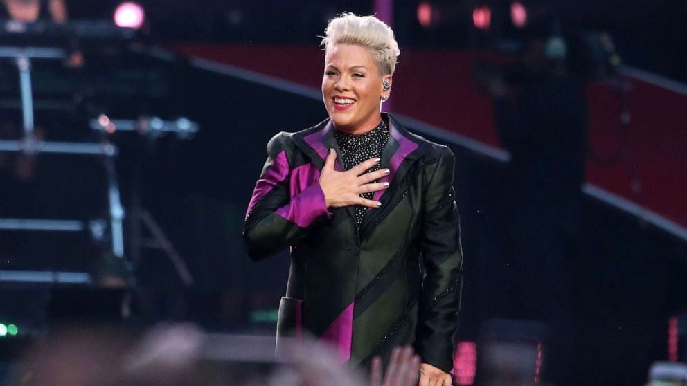 Pink issues online challenge: 'Go ONE day without criticizing someone'
