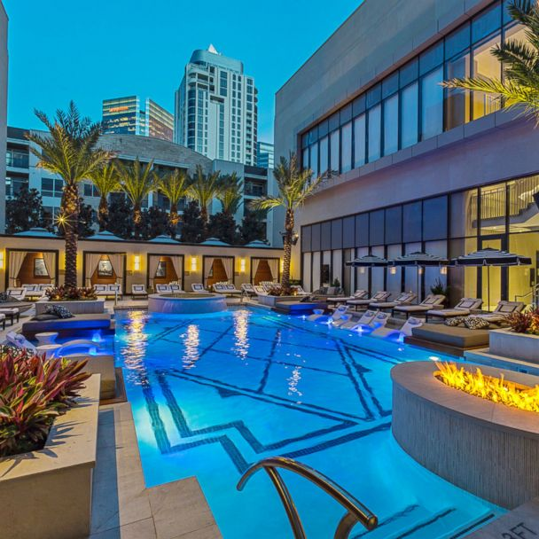 It S Texas Size Luxury At The Post Oak Hotel At Uptown Houston Gma