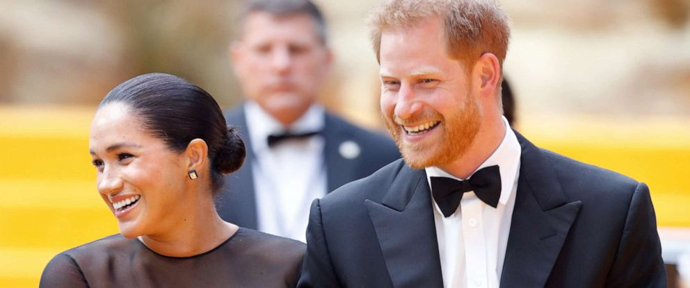 """PHOTO: Meghan, Duchess of Sussex and Prince Harry, Duke of Sussex attend """"The Lion King"""" European Premiere at Leicester Square on July 14, 2019, in London."""