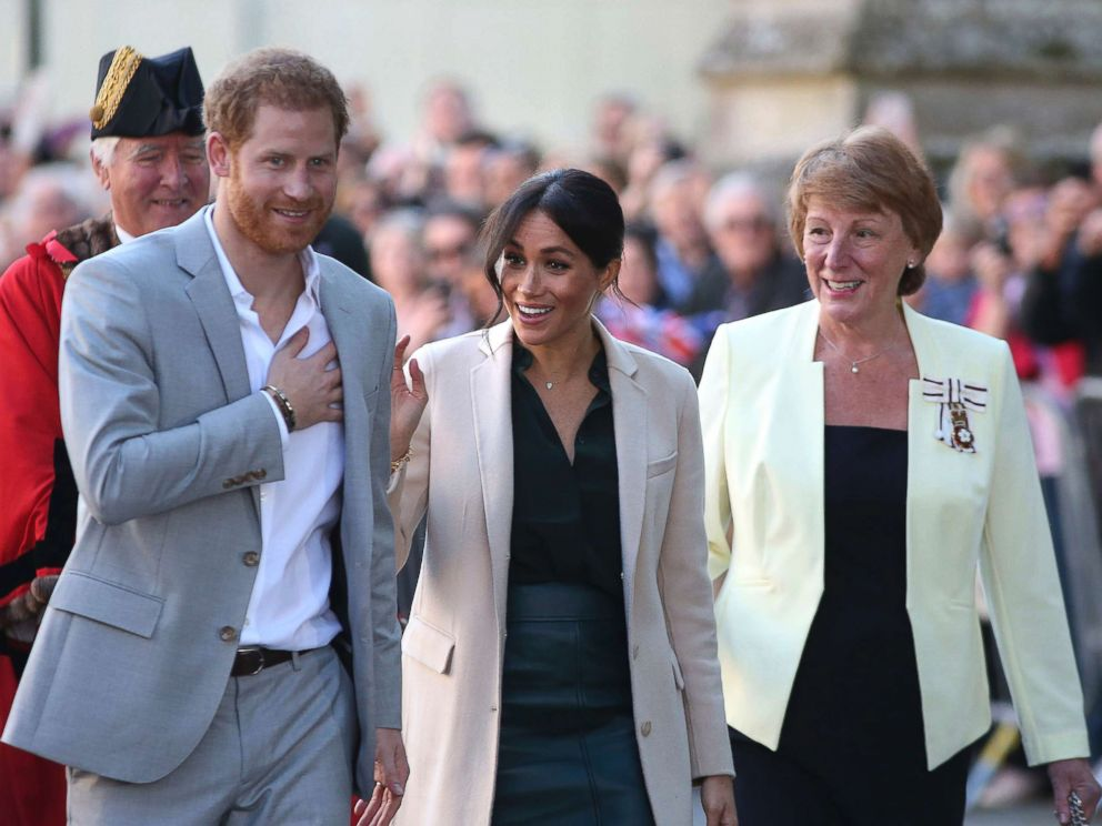 PHOTO: The Duke and Duchess of Sussex at Edes House, West Street, Chichester, as part of their first joint official visit to Sussex, Oct. 3, 2018.
