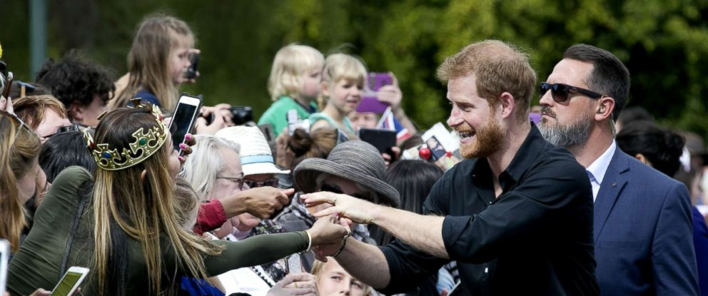 PHOTO: Prince Harry, Duke of Sussex, greets the crowds during a walkabout at Government Gardens, Oct. 31, 2018, in Rotorua, New Zealand.
