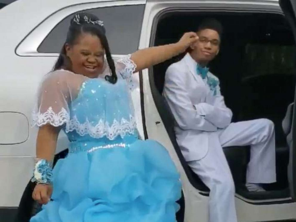 PHOTO: Livi Dorsey, 18, attended prom in Indiana with Jawon Kimmons, 18 on April 17.