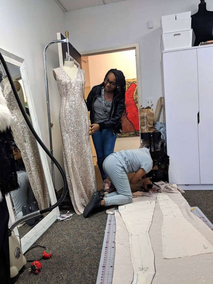 PHOTO: With help from her fashion designer cousin Syreeta Herbert of Rockville, Maryland, Courtney Lewis, 14, spent 5 months creating her sisters prom dress.