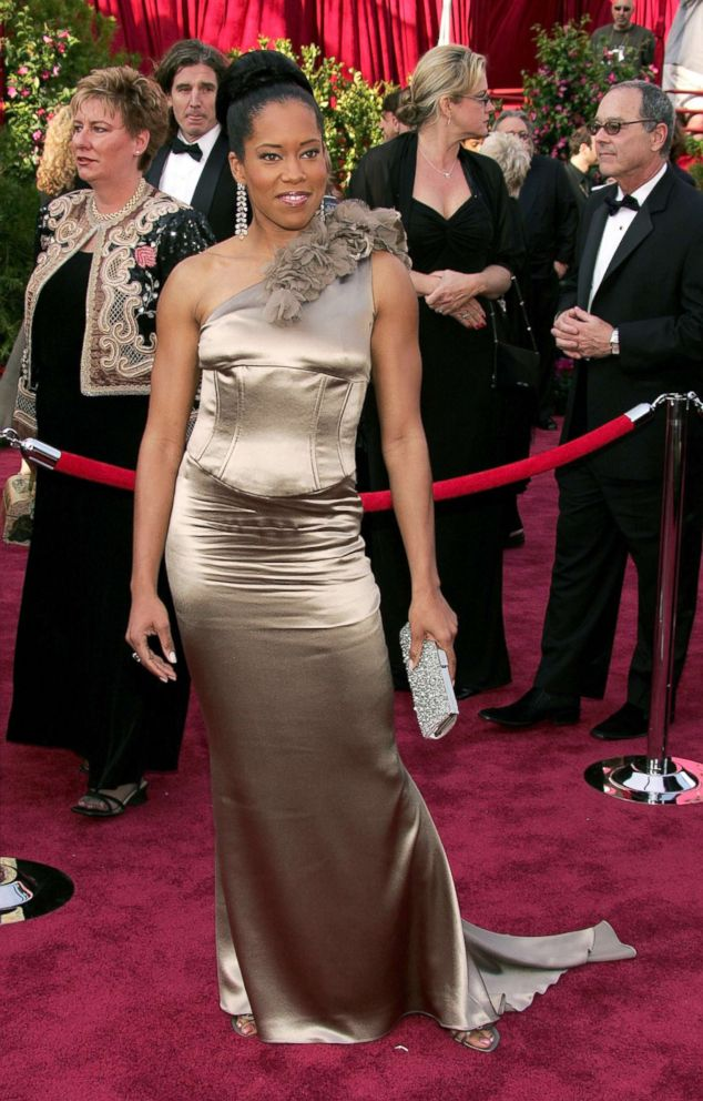 PHOTO: Actress Regina King arrives for the 77th Annual Academy Awards at the Kodak Theater, Feb. 27, 2005, in Hollywood, Calif.