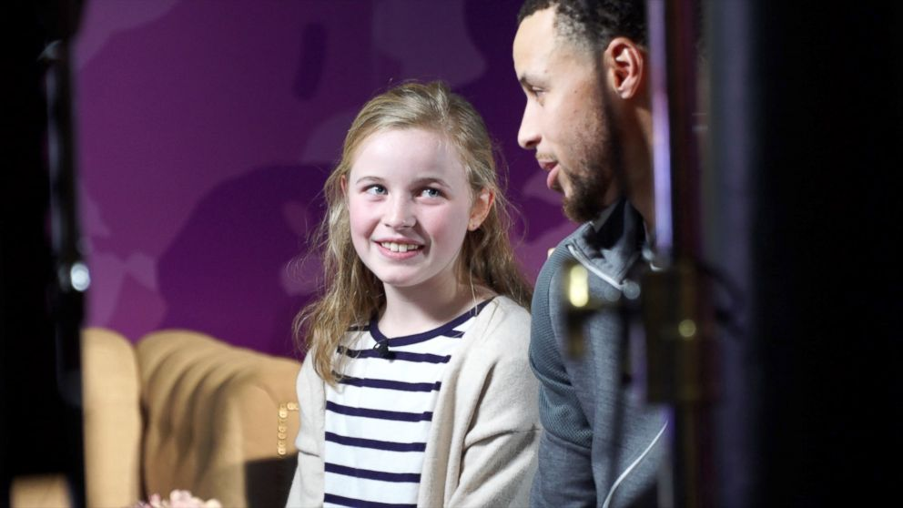 Stephen Curry surprises girl who