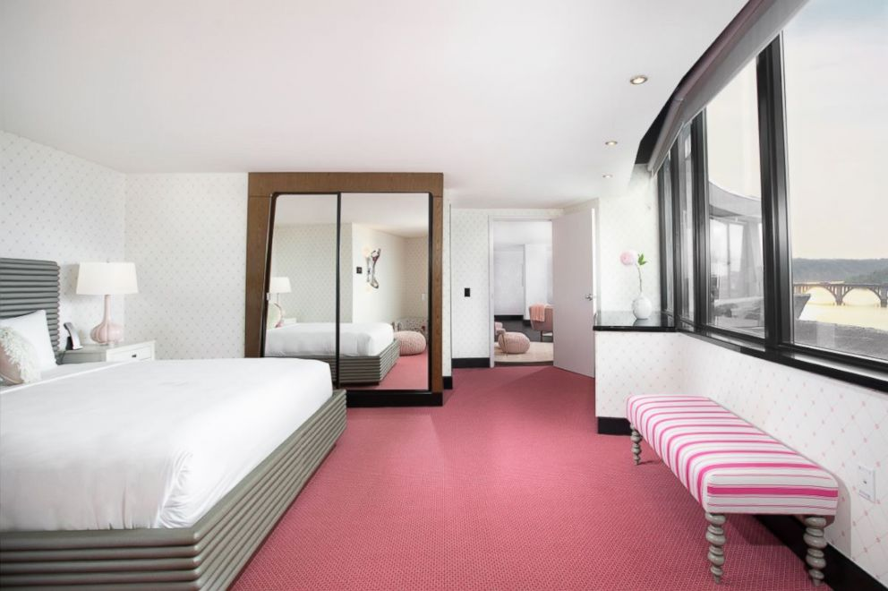 The Rose Suite at The Watergate Hotel.