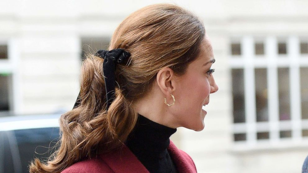 Kate Middleton Is Making Velvet Bows The Chic Hair Accessory Of The