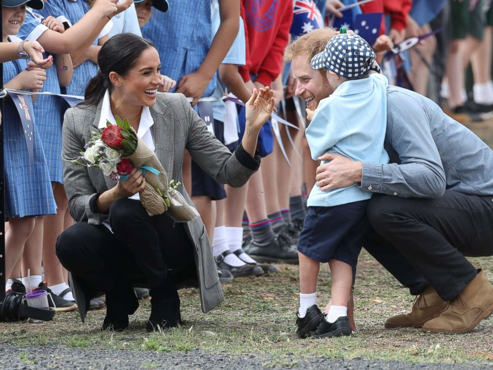 PHOTO: Prince Harry and Meghan Markle, The Duke and Duchess of Sussex, arrive at Dubbo Airport, Australia, for a naming dedication for a new aircraft at the Royal Flying Doctor Service based at the airport, on day two of their Royal Tour.