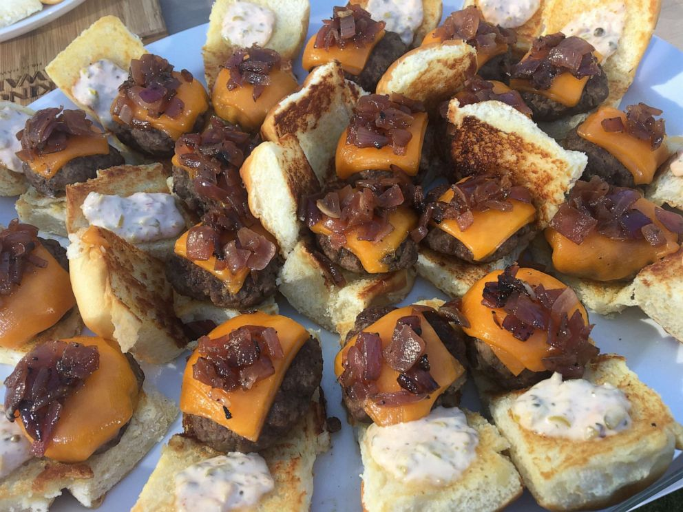 PHOTO: Chef Ryan Scott, a spokesperson for GMA sponsor Kings Hawaiian, shared his recipe for sliders.