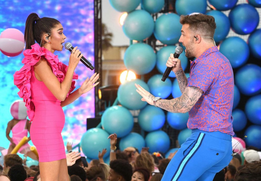 PHOTO: Sarah Hyland and Jordan McGraw perform onstage during FOXs Teen Choice Awards 2019, Aug. 11, 2019, in Hermosa Beach, Calif.