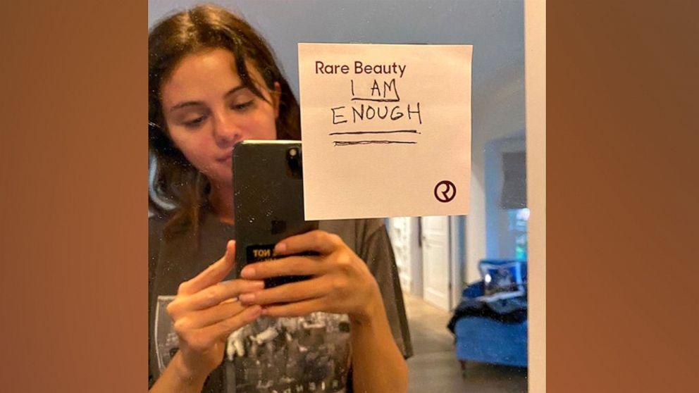 Selena Gomez shares inspirational message in makeup-free selfie