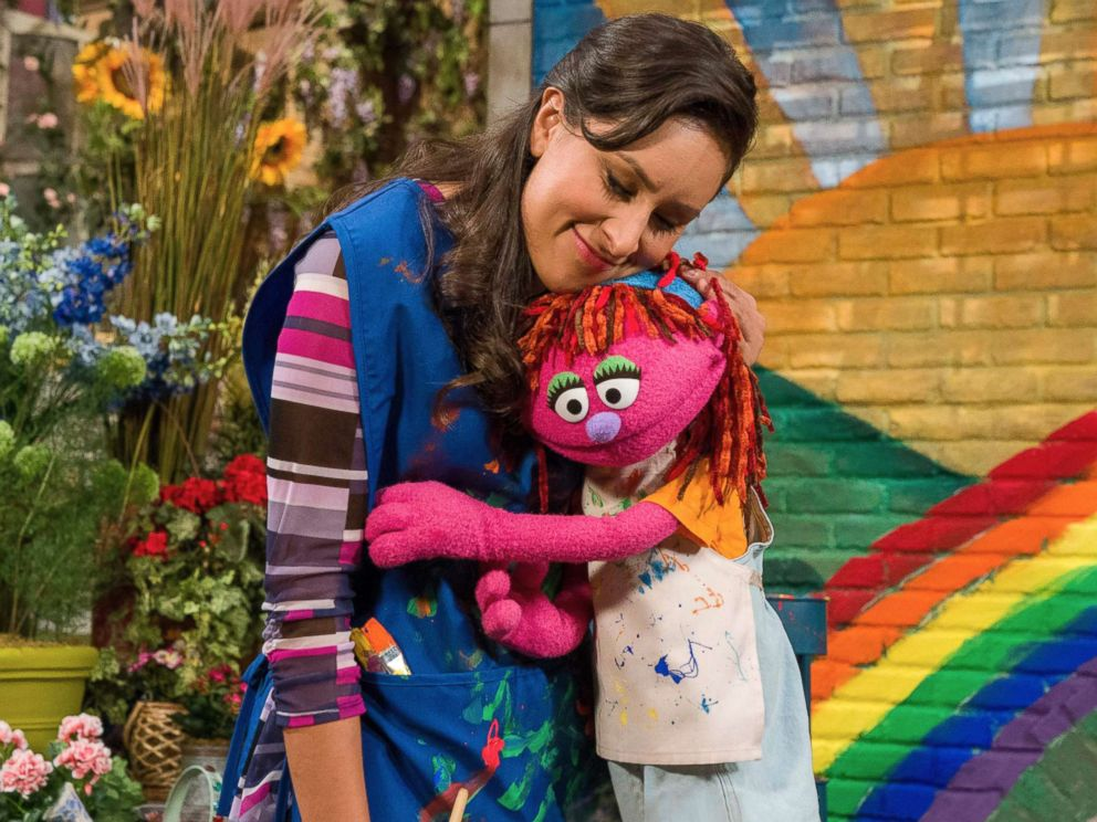 'Sesame Street' Muppet is first to experience homelessness