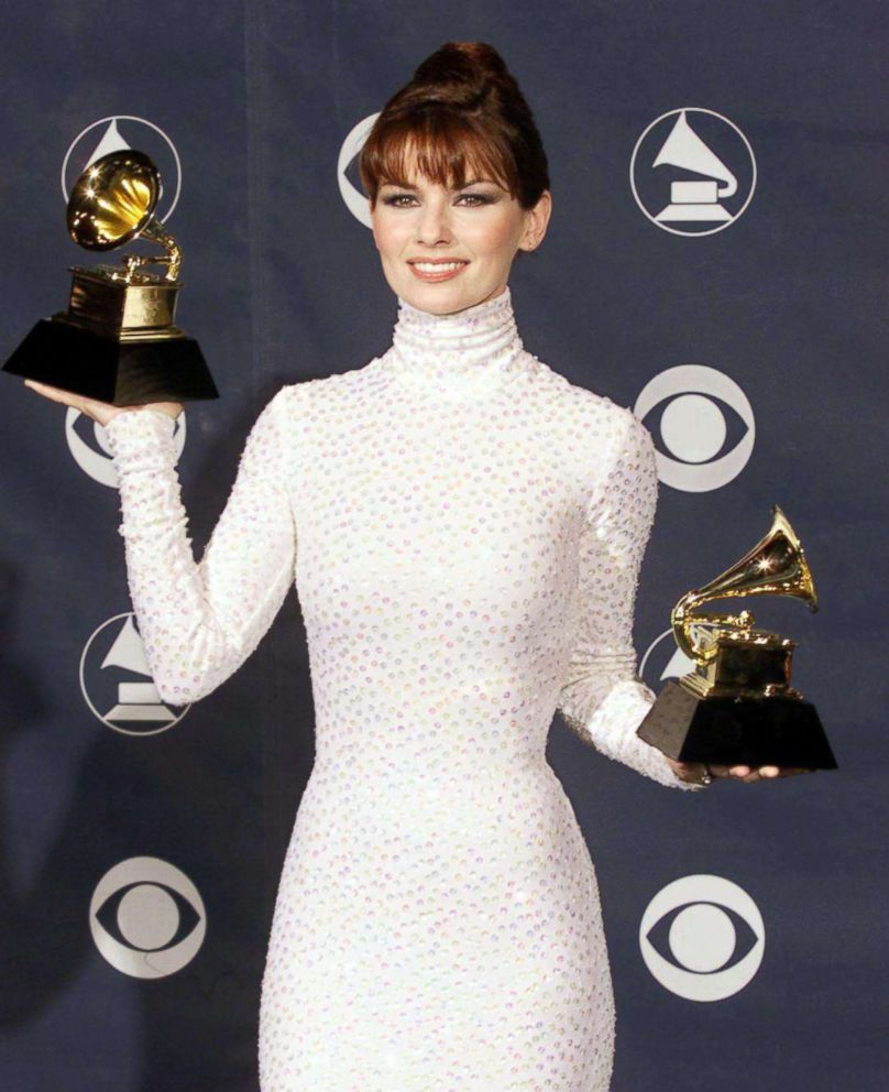 PHOTO: Shania Twain attends the 41st annual Grammy awards, Feb. 24, 1999, in Los Angeles.