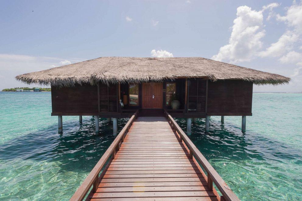 PHOTO: Ocean Suite at Sheraton Maldives Full Moon Resort and Spa.