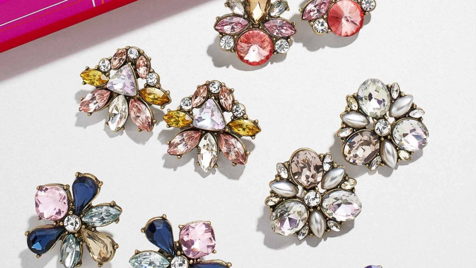 BaubleBar's Black Friday sale is 30 percent off everything