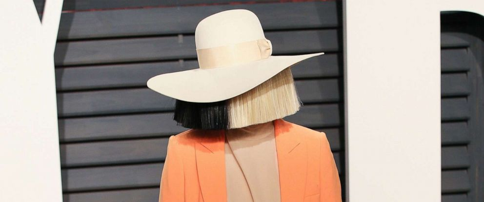 PHOTO: Singer-songwriter Sia attends the 2017 Vanity Fair Oscar Party hosted by Graydon Carter at the Wallis Annenberg Center for the Performing Arts, Feb. 26, 2017, in Beverly Hills, Calif.