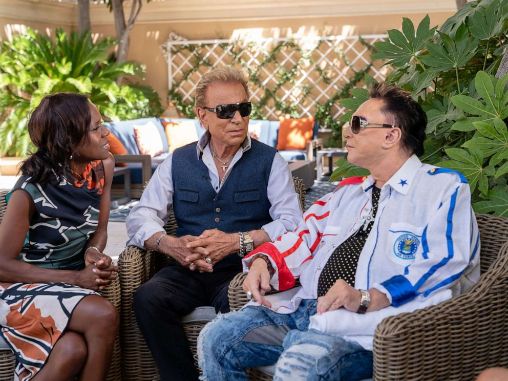 PHOTO: Famed entertainers Siegfried and Roy speak to ABC News in an exclusive interview.