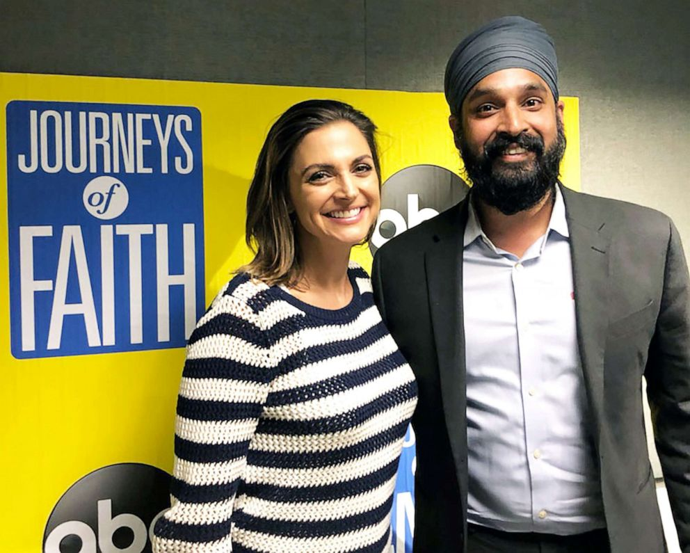 PHOTO: Sikh scholar and activist Simran Jeet Singh joins ABCs Paula Faris in the studio for the Journeys of Faith podcast.