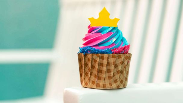 This dreamy 'Sleeping Beauty' cupcake won't last long
