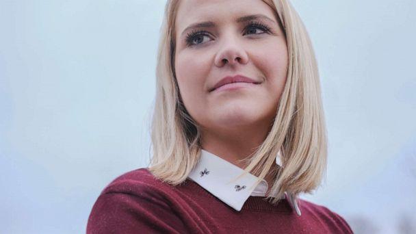 Elizabeth Smart brings together abduction survivors in hopes of helping Jayme Closs