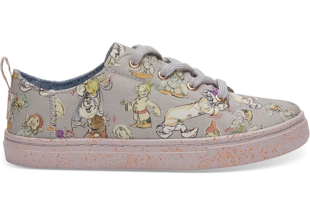 PHOTO: Disney and TOMS have released Snow White and the Seven Dwarfs shoes in youth sizes.