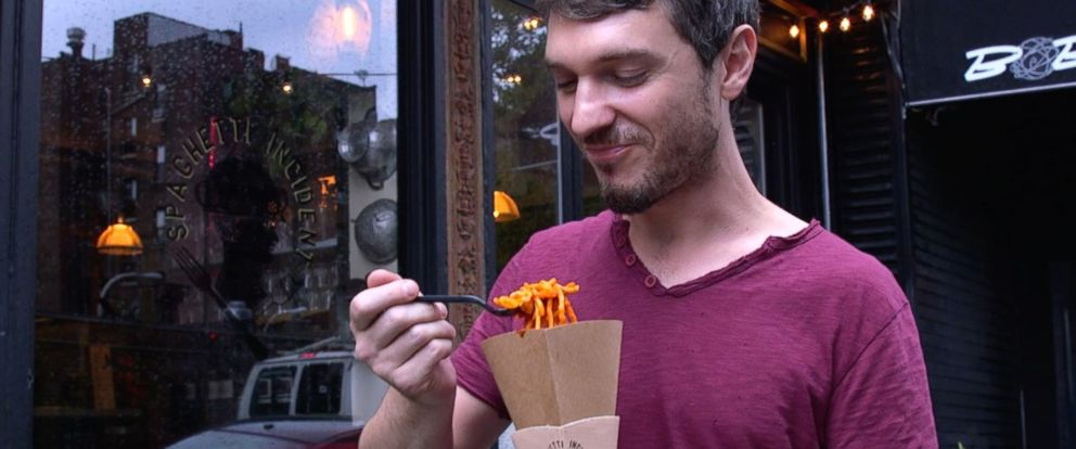 PHOTO: This restaurant turned spaghetti into a street food.
