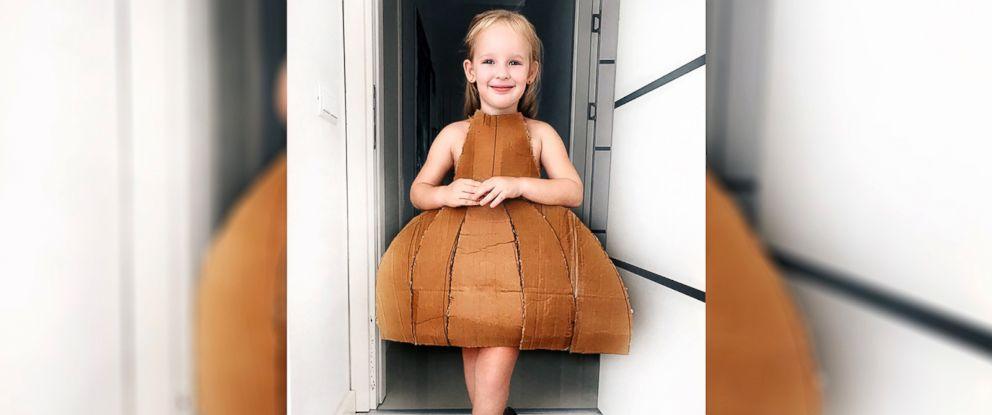 PHOTO: Stefani Chaglar, 4, dresses up as her favorite celebrities.