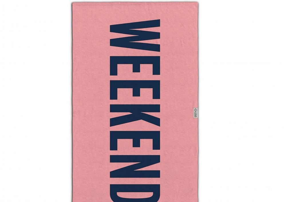 """PHOTO: Leus """"Weekend"""" surf towel"""