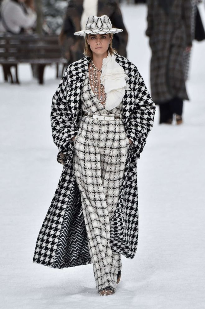 e112f74c8b16 PHOTO  Cara Delevingne walks the runway during the Chanel show as part of  the Paris