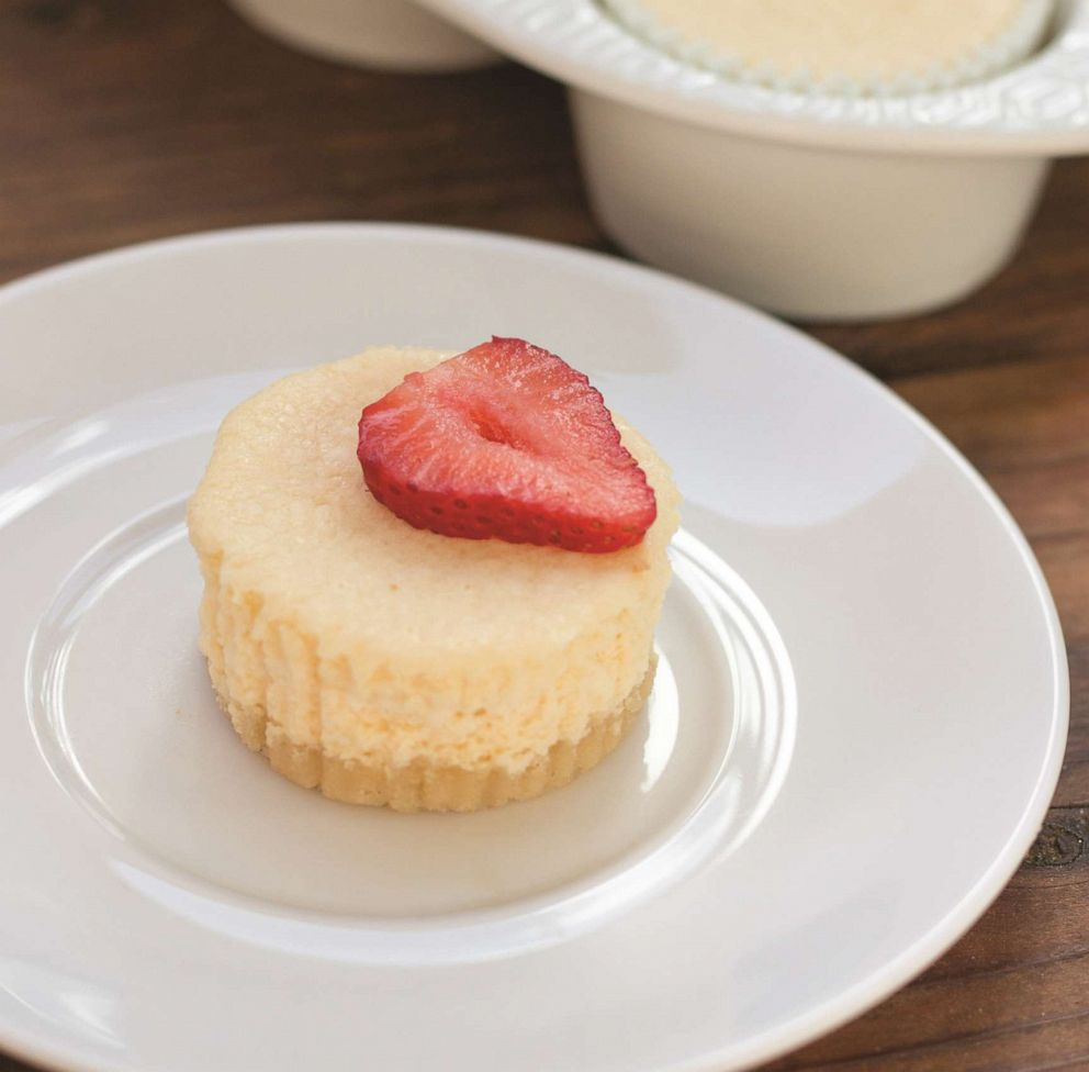PHOTO: Simply Keto author Suzanne Ryans recipe for mini cheesecakes.