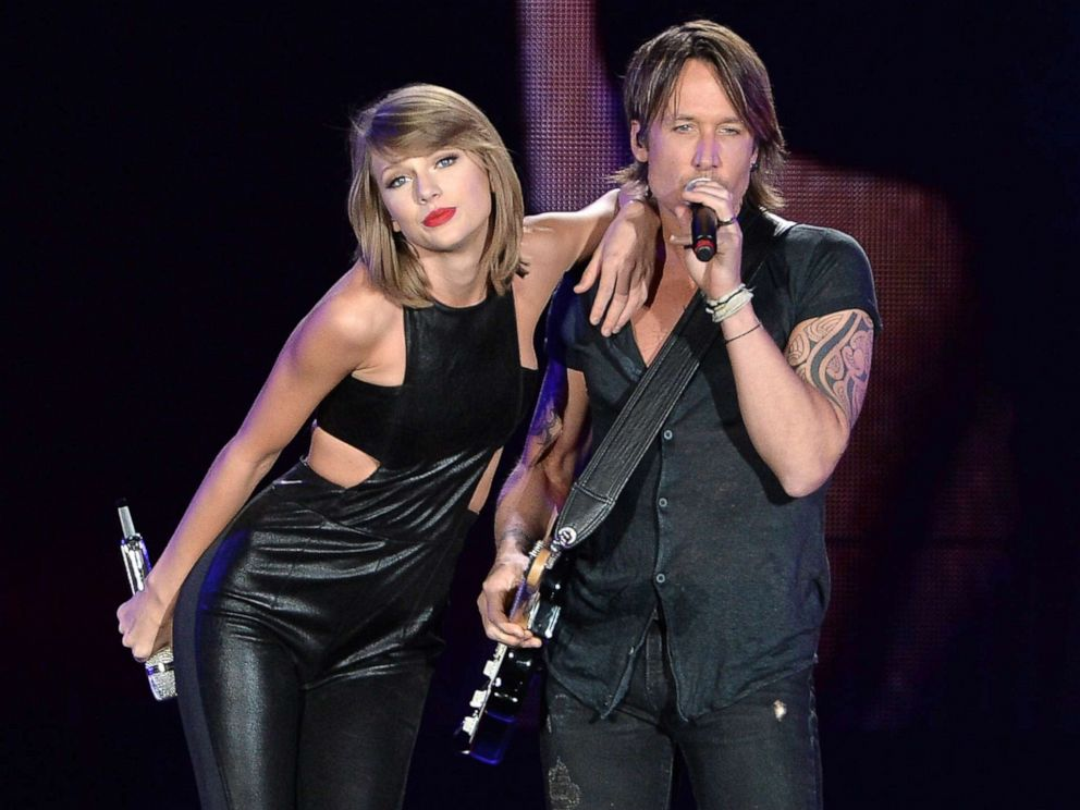 Taylor Swift's must-see reaction to Keith Urban's impromptu