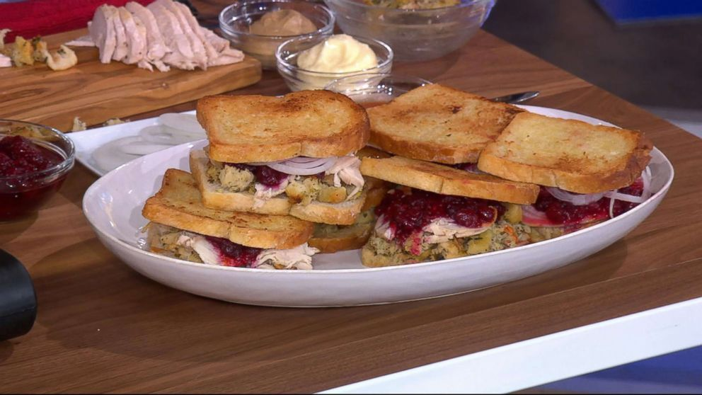 """Michael Symon shares his leftover turkey sandwich recipe for Thanksgiving on """"GMA""""."""