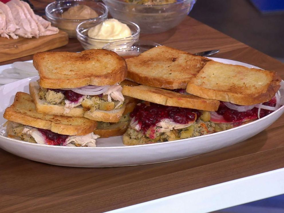 PHOTO: Michael Symon shares his leftover turkey sandwich recipe for Thanksgiving on GMA.