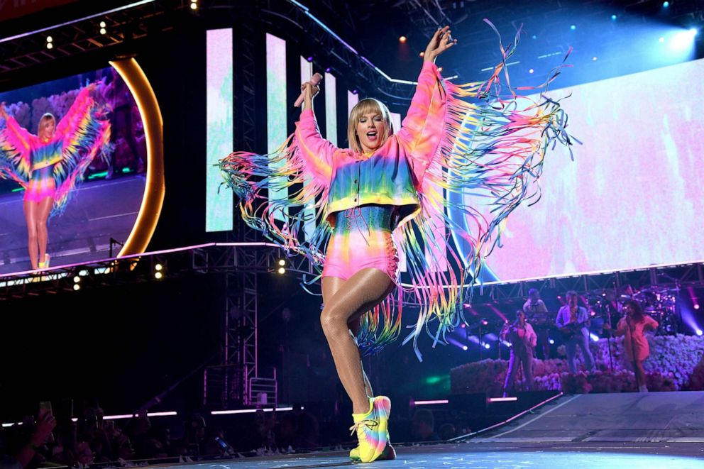 PHOTO: Taylor Swift performs onstage at 2019 iHeartRadio Wango Tango on June 01, 2019, in Carson, Calif.