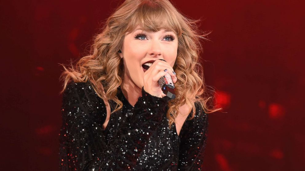 Taylor Swift Christmas.Ready For It This Christmas Light Show Is Set To Taylor