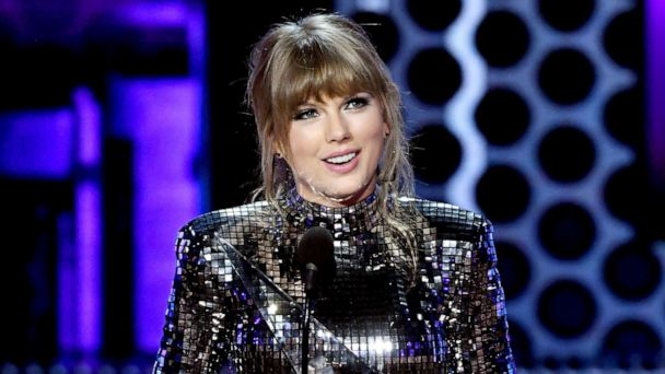 Taylor Swift donates $113,000 to pro-LGBTQ advocacy group in Tennessee