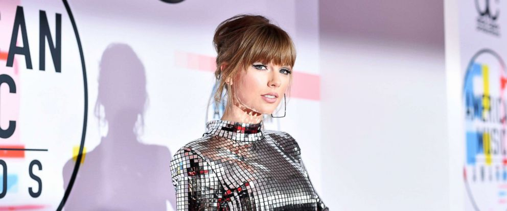 PHOTO: Taylor Swift attends the 2018 American Music Awards at Microsoft Theater, Oct. 9, 2018, in Los Angeles.