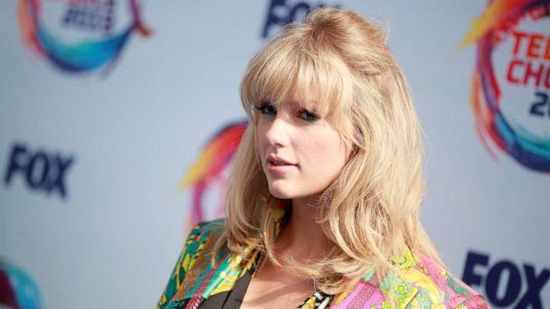 Taylor Swift drops new single, 'Lover,' 1 week before album release