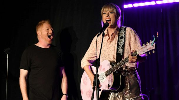Taylor Swift makes surprise appearance at Stonewall Inn, performs 'Shake it Off'